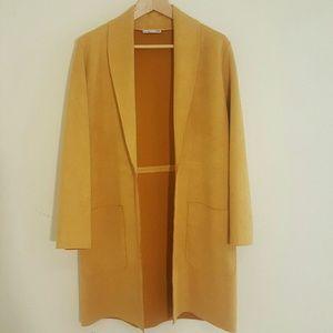Zara Oversized Blazer. Mustard Yellow
